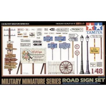 Road Sign Set 1:48 Military Model Kit
